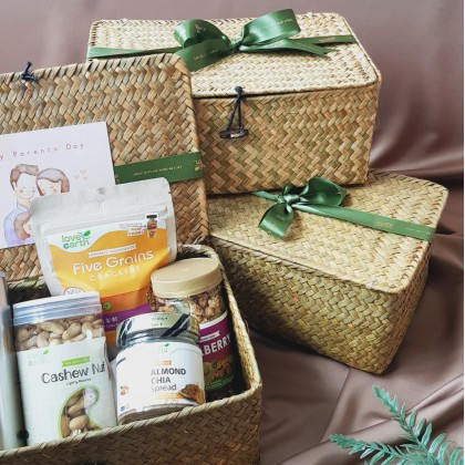 Premium Parent's Day Gift Set (Limited Edition) 双亲节精美礼盒(限量)