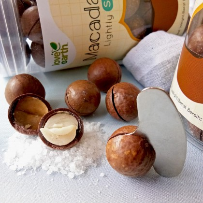 Lightly Salted Macadamia 270g